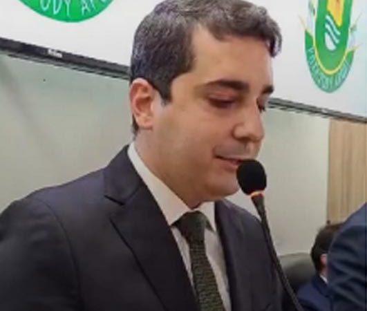 Prefeito Alan Silveira é o entrevistado do 'Cafezinho com César Santos' no Jornal Defato
