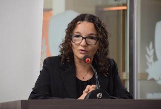 Marleide Cunha: 'Não se pode fazer educação com os diretores sendo ainda cargos políticos'