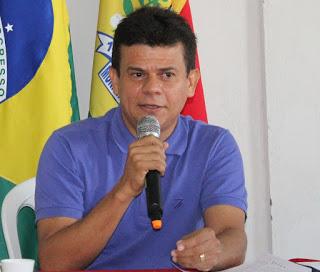 Prefeito de Caraúbas anuncia novo secretariado