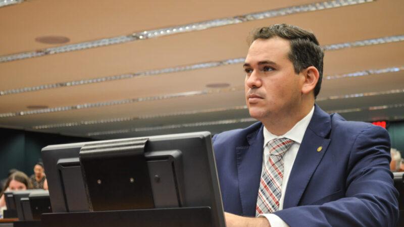 Deputado Beto Rosado assegura R$ 1,9 milhão para recapeamento asfáltico entre BR-304 e Barragem Armando Ribeiro