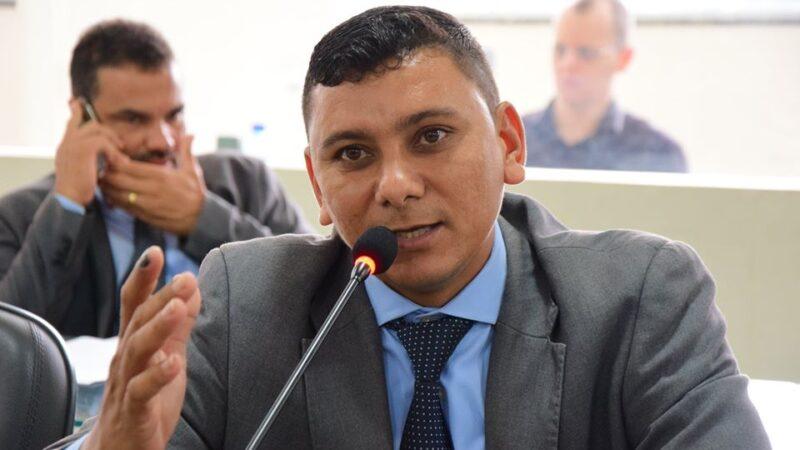 Juiz eleitoral aprova contas do vereador Didi de Arnor