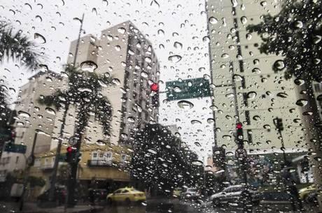 Previsão de chuvas entre essa terça(16) e quarta-feira(17) em diversos pontos do RN