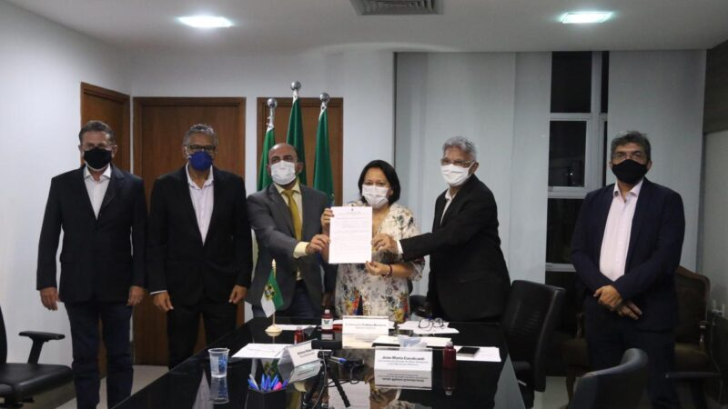 Governo do RN assina acordo que garante projeto da transposição