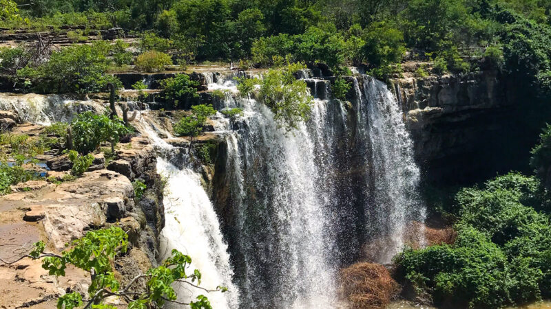 Cachoeira do Roncador ponto turístico de Felipe Guerra