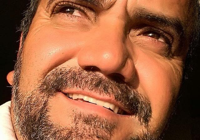 Blogueiro Carlos Costa divulga nota sobre polêmica envolvendo seu nome