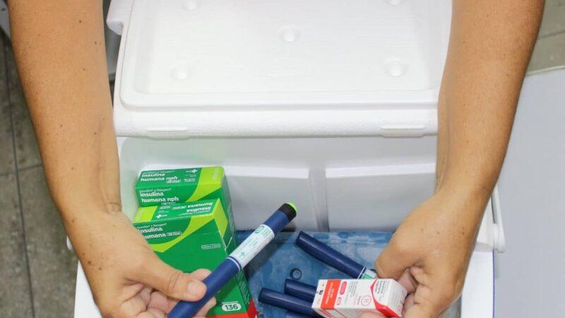 Secretaria de Saúde de Patu distribui insulinas para pacientes com diabetes