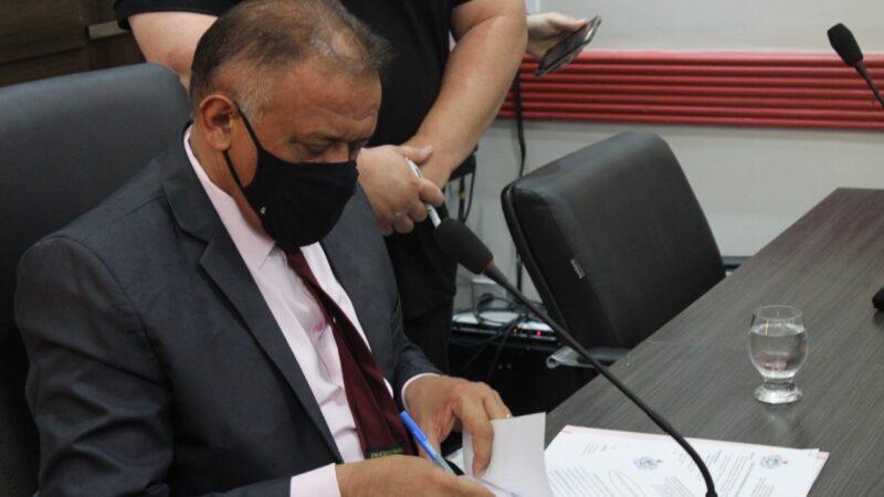Covid-19: Presidente da Câmara Municipal de Caraúbas mantém suspensão de sessão e reunião de comissões
