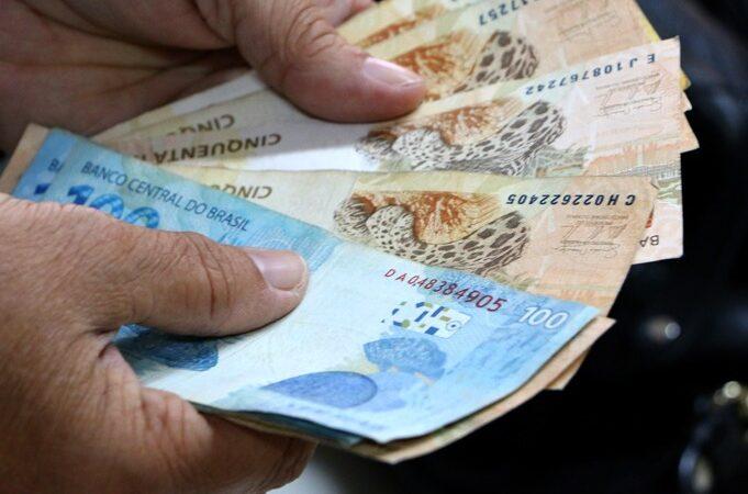 Governo inicia pagamento de julho nesta quinta (15)