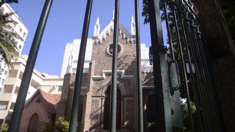 Ministro do STF libera cerimônias religiosas presenciais, mas com público restrito