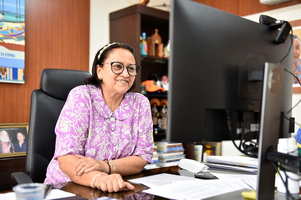 Governo do RN pactua início da vacinação imediata dos trabalhadores da Educação