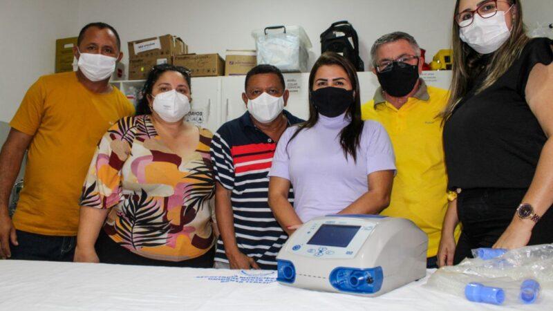 Tibau compra respirador pulmonar com emenda do deputado Souza