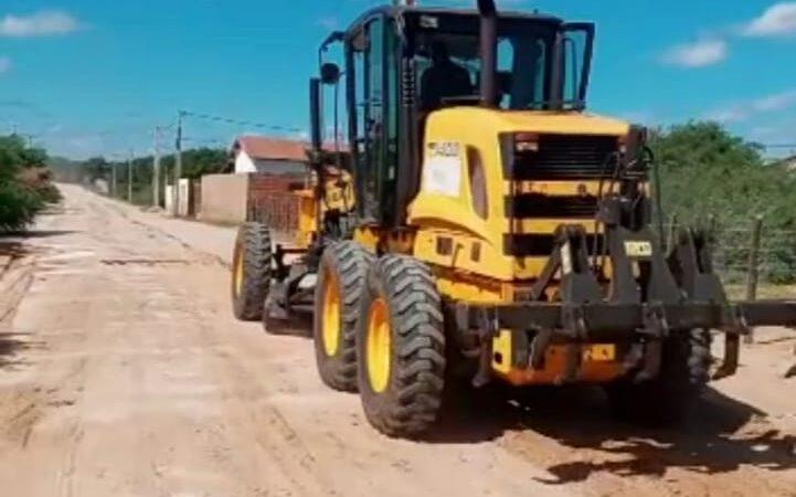Recuperação de estradas vicinais avançam da cidade e na zona rural de Grossos