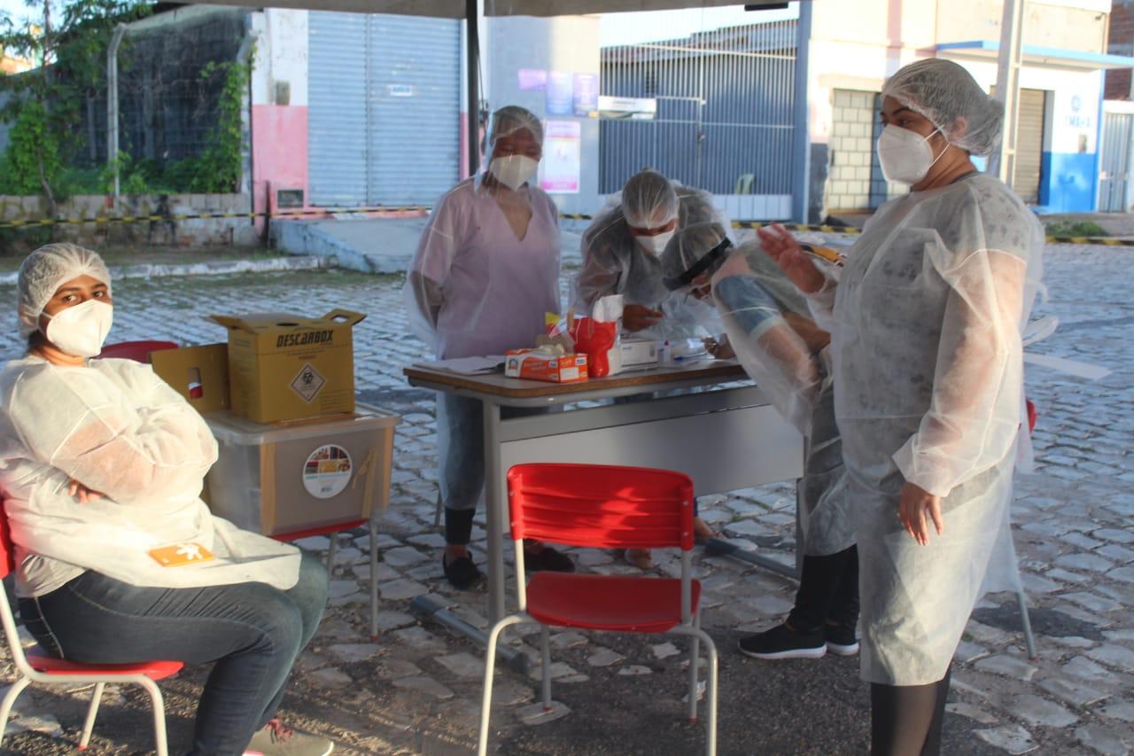 Fornecedores de outras cidades realizam testes de Covid-19 para poder serem liberados e entrar em Caraúbas