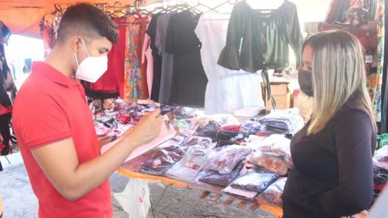 Prefeitura de Caraúbas dá início a cadastro de comerciantes que trabalham na Feira