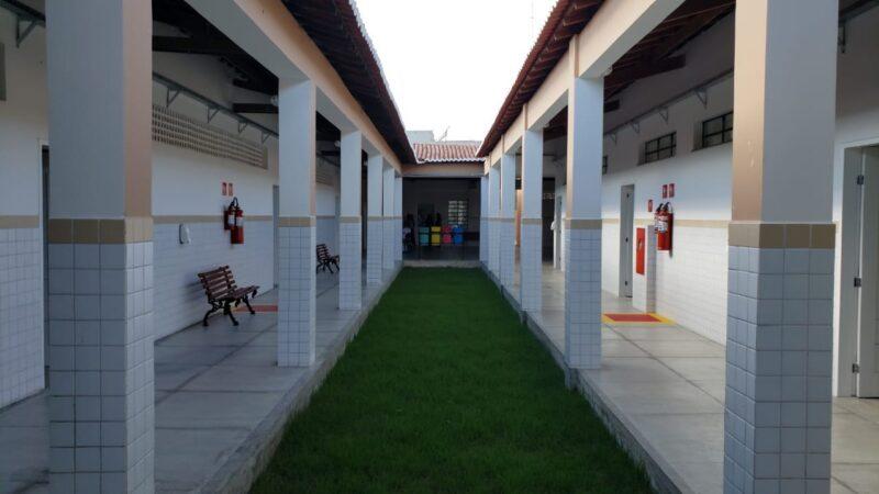 Escola centenária de Afonso Bezerra recebe sua primeira grande reforma
