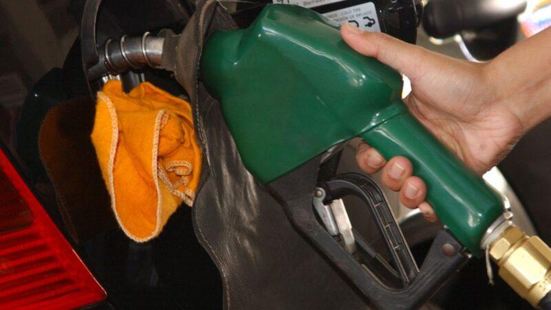 Gasolina sobe de preço e bate R$ 6,29 em Natal