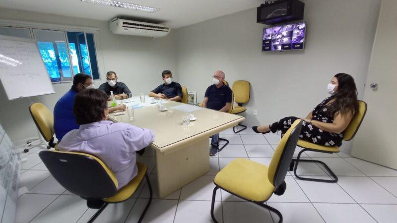 Em Mossoró prefeito Juninho Alves busca inovações para futuras edições da Feira da Lua em Caraúbas