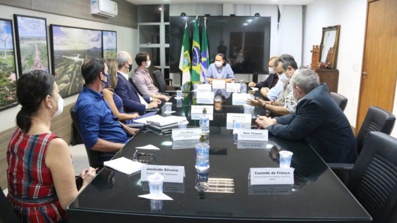 Governo do RN e Instituto Riachuelo apoiam cultivo de algodão no Seridó