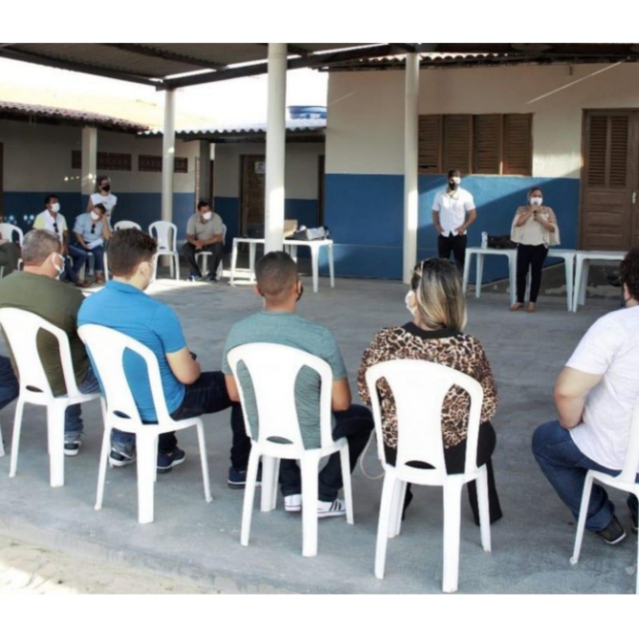 Donos de salinas artesanais de Grossos se interessam pela regularização da atividade