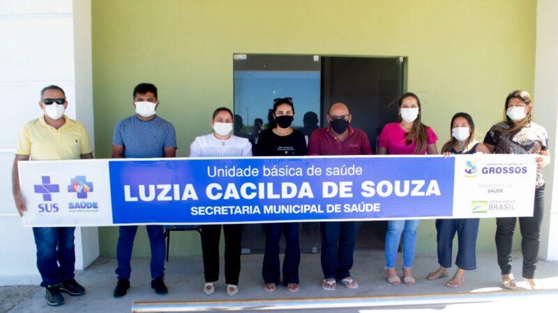 Cinthia Sonale visita Unidade de Saúde Luzia Cacilda de Souza no Córrego zona rural de Grossos