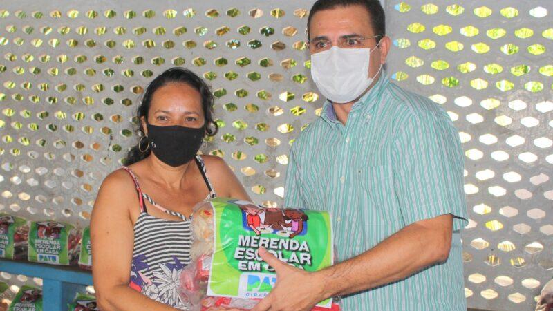 Prefeito de Patu realiza entrega de cestas básicas para alunos da rede municipal de ensino