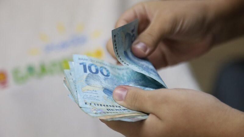 Governo antecipa primeira parcela salarial de junho nesta terça-feira (15)