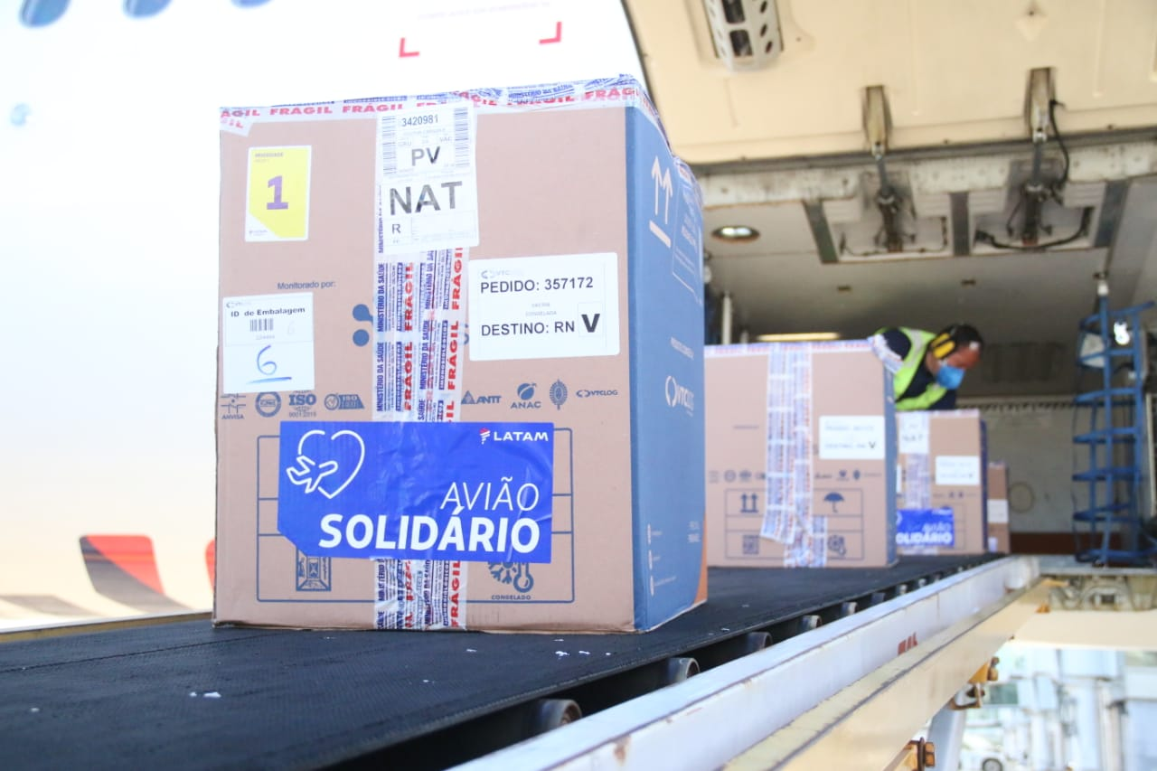 Sesap distribui mais de 100 mil vacinas contra a Covid-19