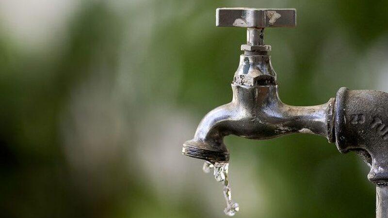 Mais de 1,1 milhão enfrentam interrupções no abastecimento de água no RN