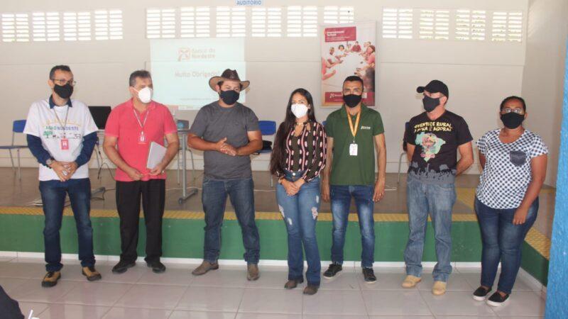 Agência itinerante do Banco do Nordeste oferece linhas de crédito para produtores rurais de Caraúbas