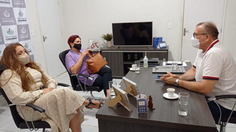 Gestão municipal recebe visita da reitora da Ufersa que afirma intensificação pelo implante do curso de Medicina para Caraúbas