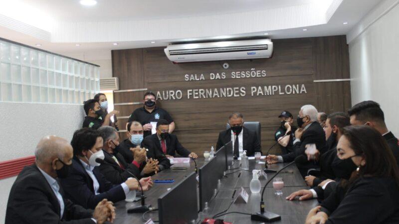 Em sessão presencial, Vereadores encerram Primeiro Período Legislativo e Câmara de Caraúbas entra em recesso