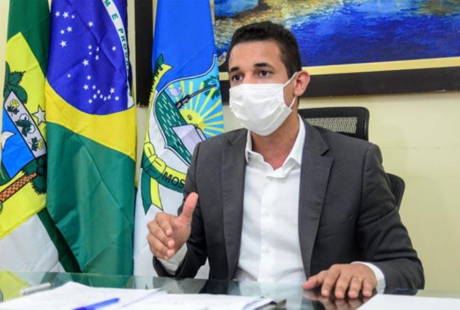 A farsa: Reforma Administrativa de Allyson Bezerra reduz cargos e aumenta despesas do Executivo