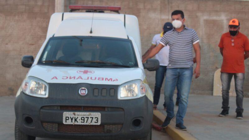 Prefeitura de Caraúbas restaura ambulância que presta serviços a comunidade de Miranda