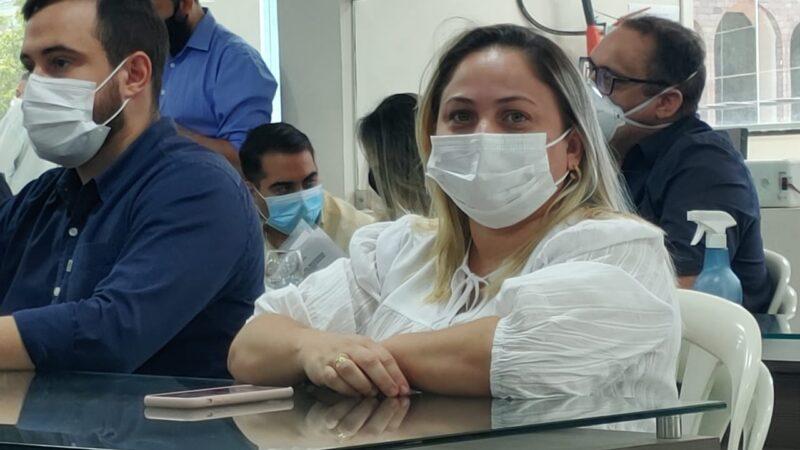 Prefeita Cinthia Sonale tem 80,5% de aprovação popular em Grossos