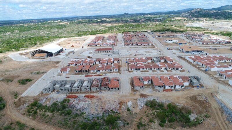 Complexo Oiticica avança com implantação das agrovilas rurais