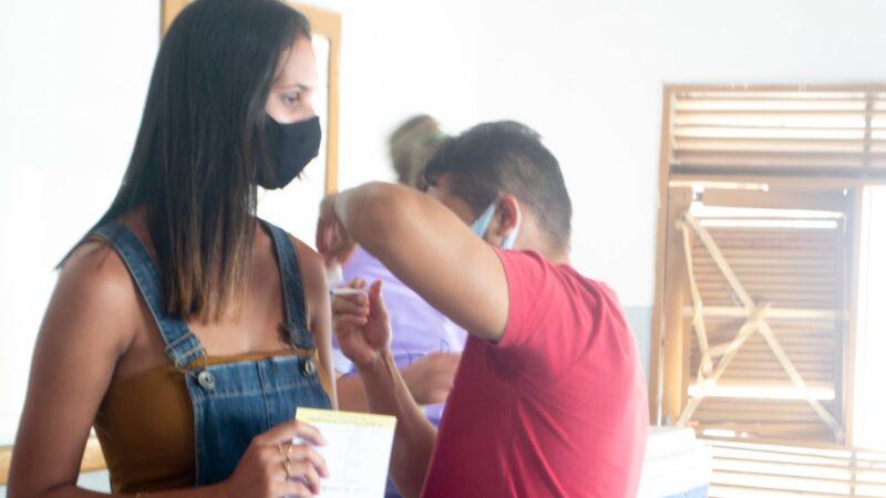 Jovens de 18 anos serão imunizados com a primeira dose da covid19 em Grossos nesta terça (17)