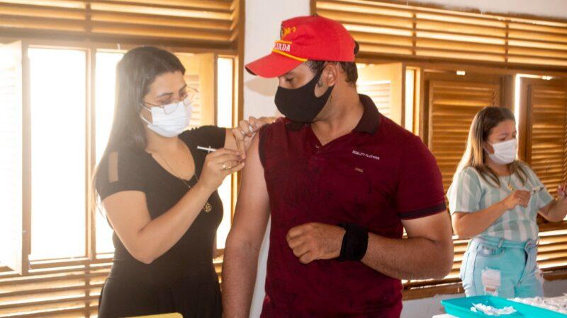 Covid-19: 102 pessoas foram imunizadas em Grossos nesta quinta (12)