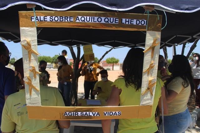 Gestão municipal realiza blitz de conscientização da campanha Setembro Amarelo no Alto São Severino em Caraúbas
