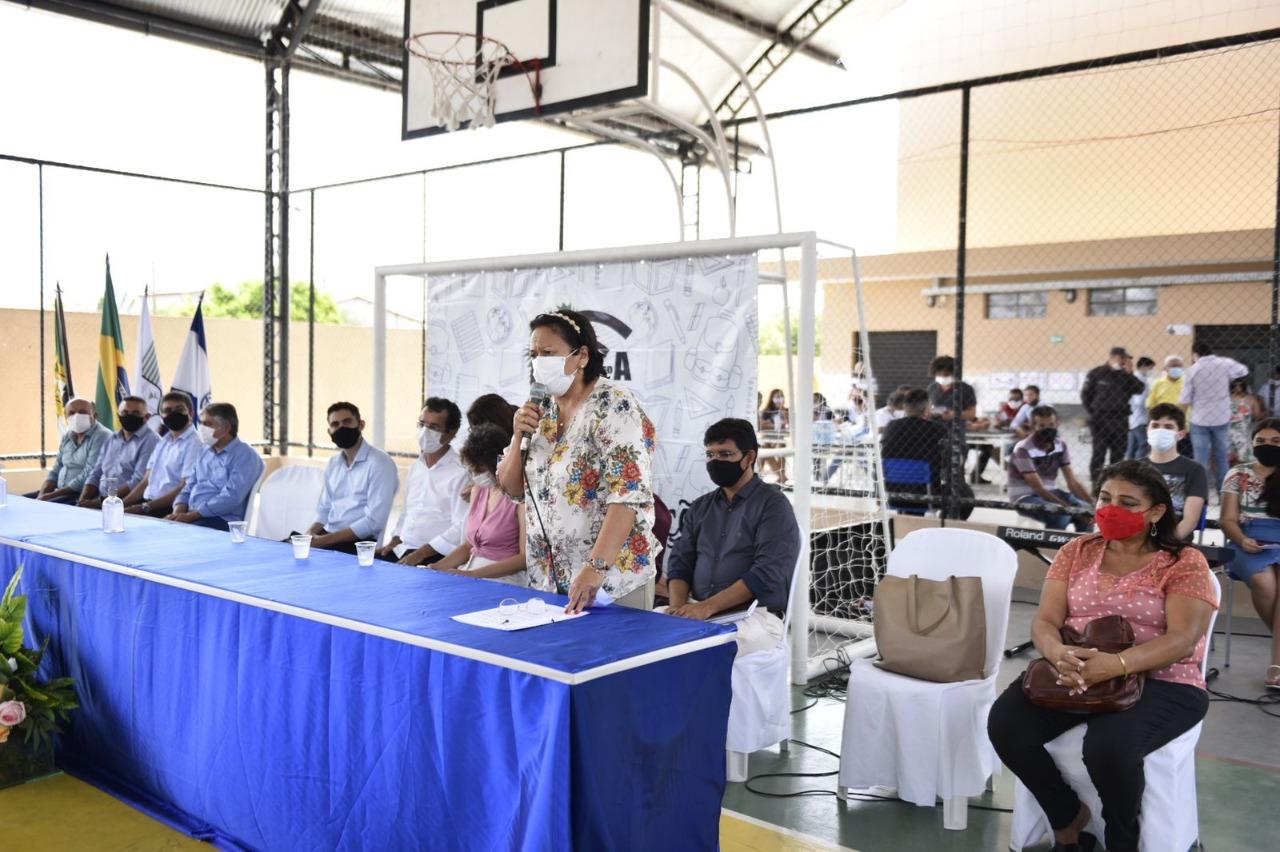 Governadora entrega oficialmente Escola Alfredo Simonetti, em Upanema