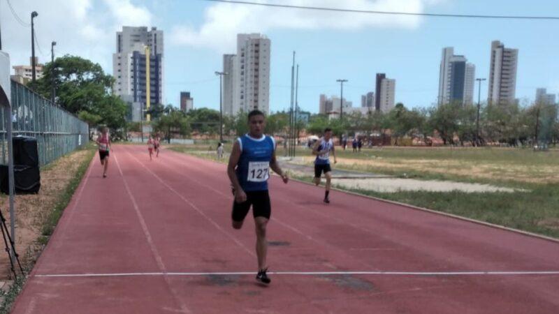 Prefeitura de Caraúbas apoia jovem do atletismo tri campeão e ranking nacional da categoria sub-16