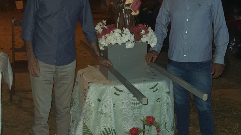 Deputado Francisco do PT prestigia novena em comunidade de São Miguel do Gostoso