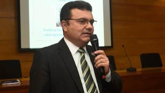 Secretário de Allyson Bezerra é contra reabertura da Porcelanati em Mossoró