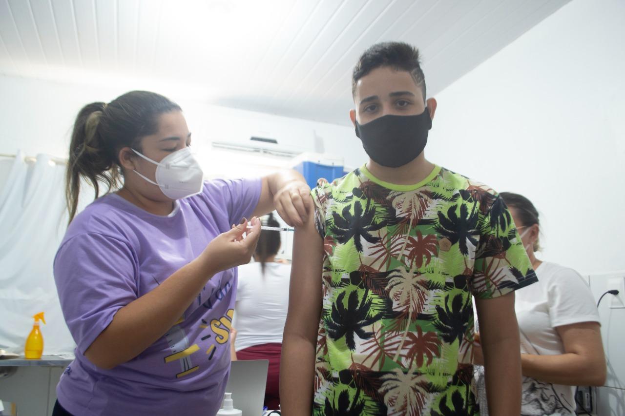 Prefeitura de Grossos realiza dia de Multivacinação nas escolas